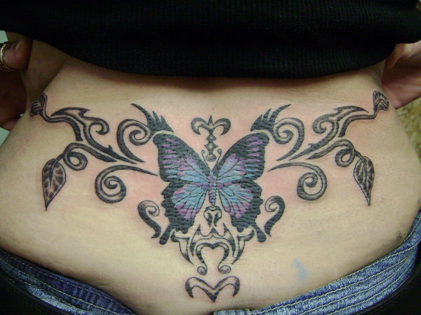 1b7aa433b17b0 The Powerful Magnetism of the Tramp Stamp Tattoos - Tattoos Win