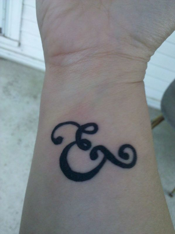 21 Creative And Symbolic Ampersand Tattoos And Meanings Tattoos Win
