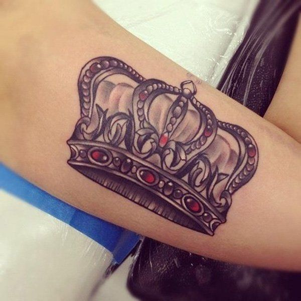 23 King Crown Tattoos With Glorious Meanings - Tattoos Win