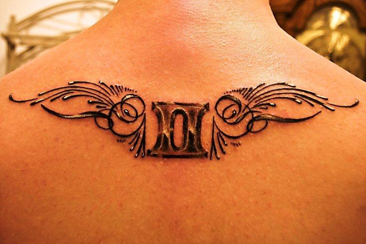 90cc8c30d 39 Gemini Tattoos and Their Zodiac Design Meanings - Tattoos Win