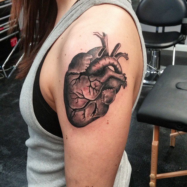 34 Anatomical Heart Tattoos With Strong Meanings - Tattoos Win