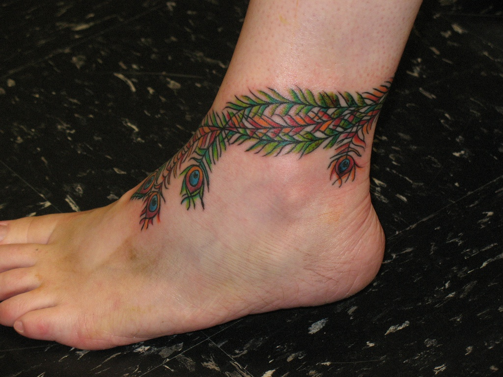 45 Anklet Tattoos With Beautiful And Diversifying Meanings  Tattoos Win