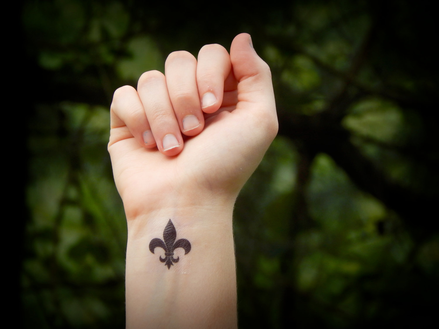 d6148592fbbeb 43 Fleur de Lis Tattoos With Symbolic Meanings and Representations - Tattoos  Win