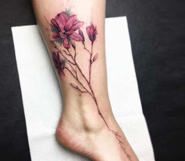 Magnolia Tattoo on leg for Women