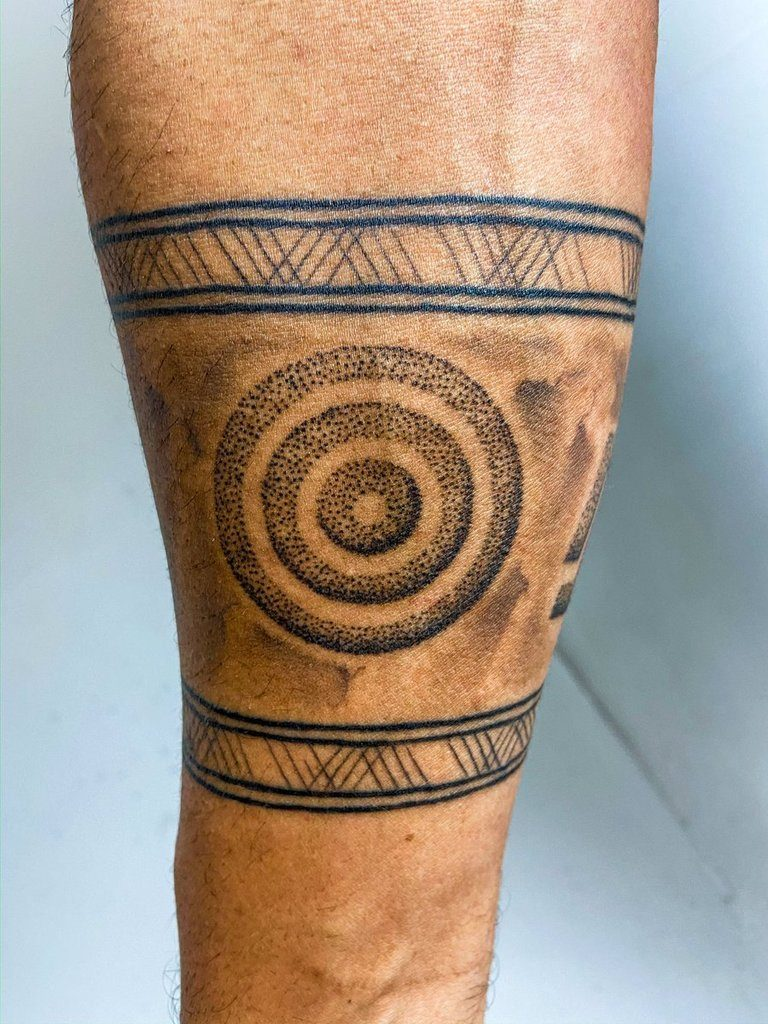 Circle Tattoo on leg for men