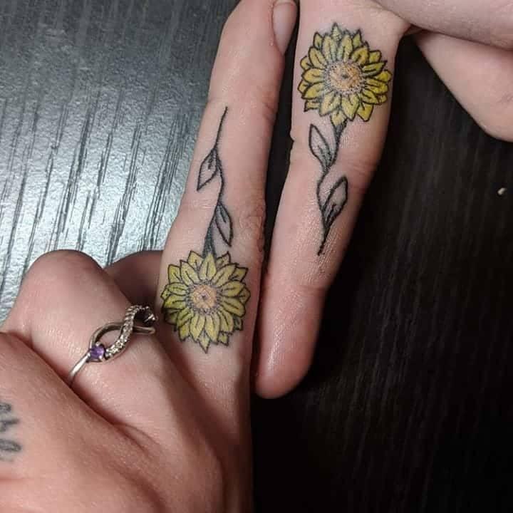 Daisy Tattoo on finger for women